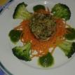 Réchauffer les autres légumes au bout de 15 minutes de et dresser les assiettes quand les champignons sont prêts.