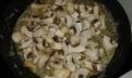 Suer les champignons émincés et conserver. Sweat minced mushrooms ans reserve.