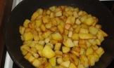 Une fois les pommes de terres bien dorées de chaque côté,