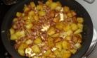 Couvrir du reste de pommes de terre + lardons oignons