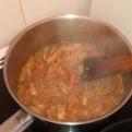Laisser cuire à petit bouillon pendant 20 minutes. Boil slowly during 20 minutes.