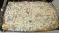 Recouvrir à nouveau de pâtes , et finir la béchamel, parsemer de fromage. Cover and finish with bechamel sauce. Spread th grape cheese