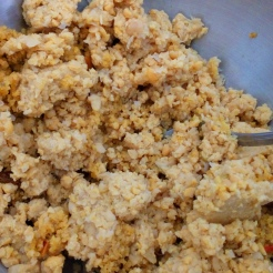 Ajouter 220 gr de pois chiche en boîte mixés , mais pas en purée trop fine. Mix 6 oz of tin chikpeas and add to cereals.