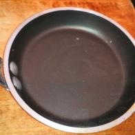 Vous pouvez aussi faire des petites galettes dans des petites poêles de 10 cm. You can also make pan cake with 10 cm size frying pan